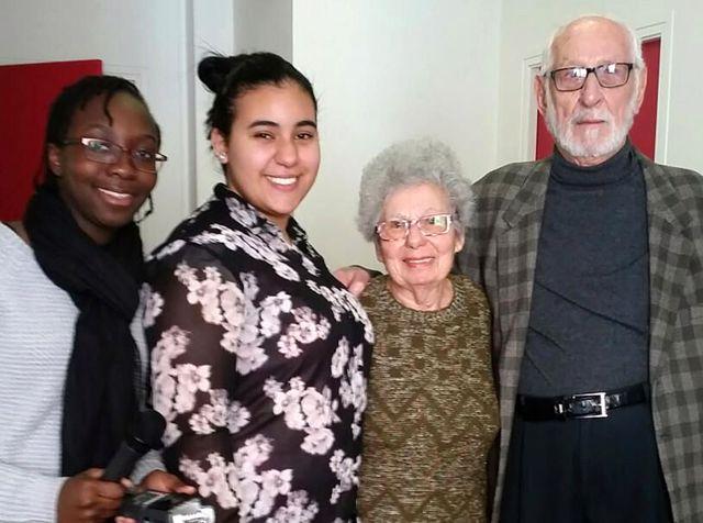 Léa et Imene avec Suzanne et Alexandre en couple depuis 63 ans