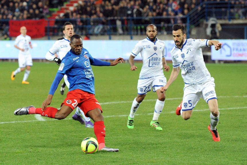 Hervé Bazile a beaucoup tenté contre Troyes, sans réussite.