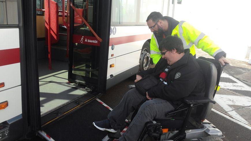 Le personnel de la T2C sensibilisé sur le handicap