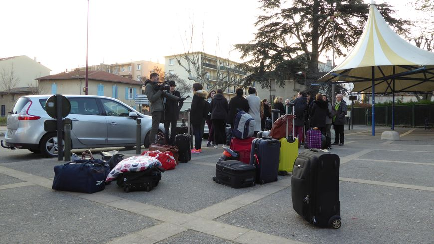 Les élèves de Camille Vernet Valence rentrent de Bruxelles, le 23 mars 2016