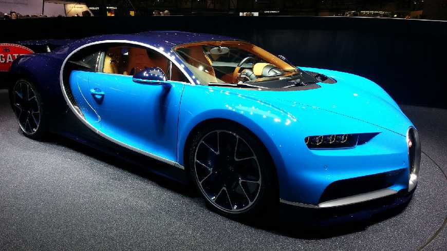 salon de l 39 automobile gen ve bugatti d voile la chiron fabriqu e en alsace. Black Bedroom Furniture Sets. Home Design Ideas