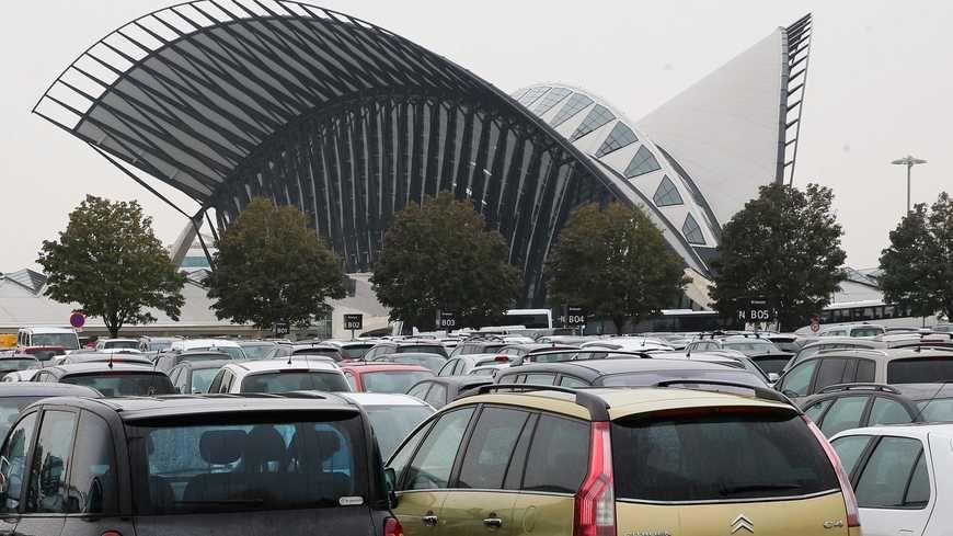 L'aéroport de Lyon Saint-Exupéry.