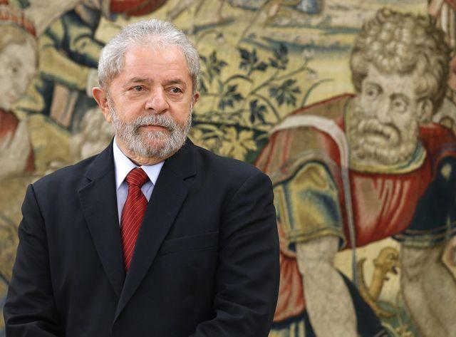 Lula est soupçonné de tremper dans le scandale de corruption de la compagnie Petrobas