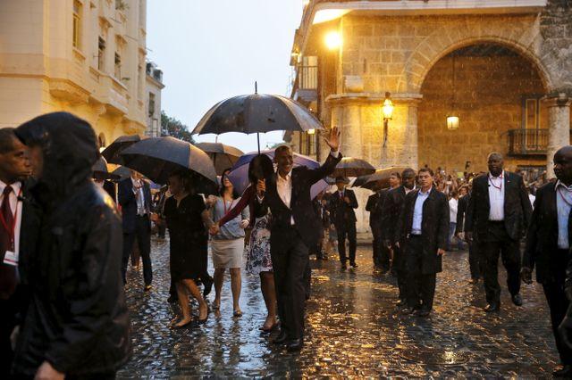 Barack Obama déambule dans le vieux Havane