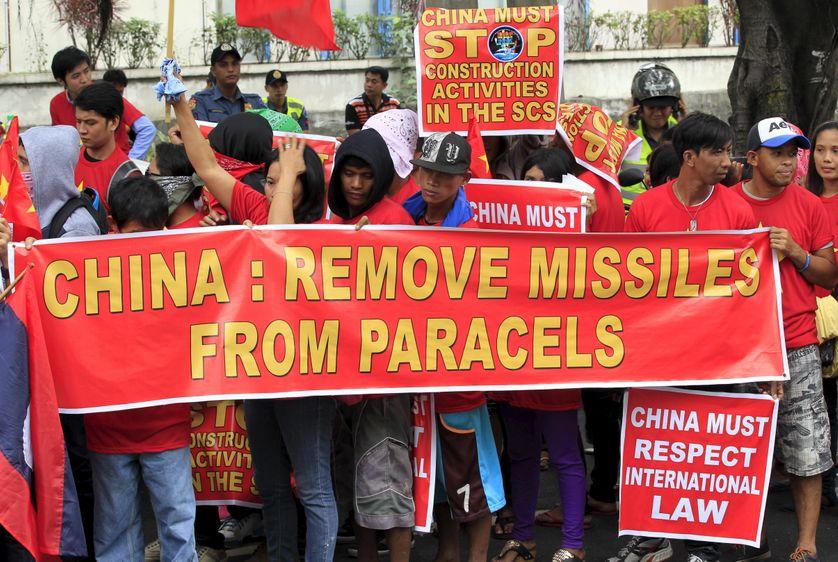 Manifestation à Makati aux Philippines contre les missiles chinois aux Paracels
