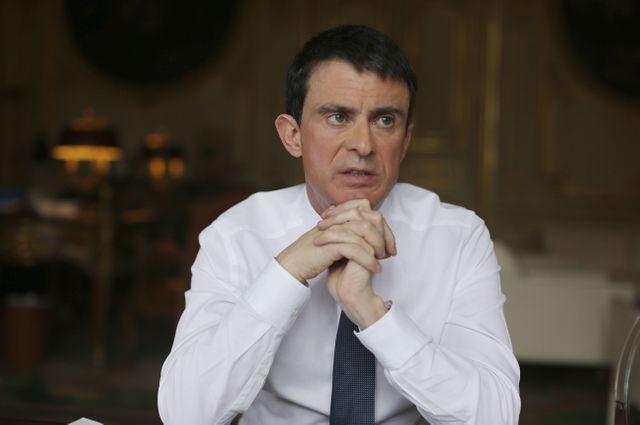 Manuel Valls dans son bureau