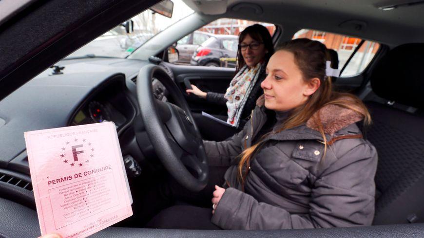 Une aide financière pour passer le permis de conduire