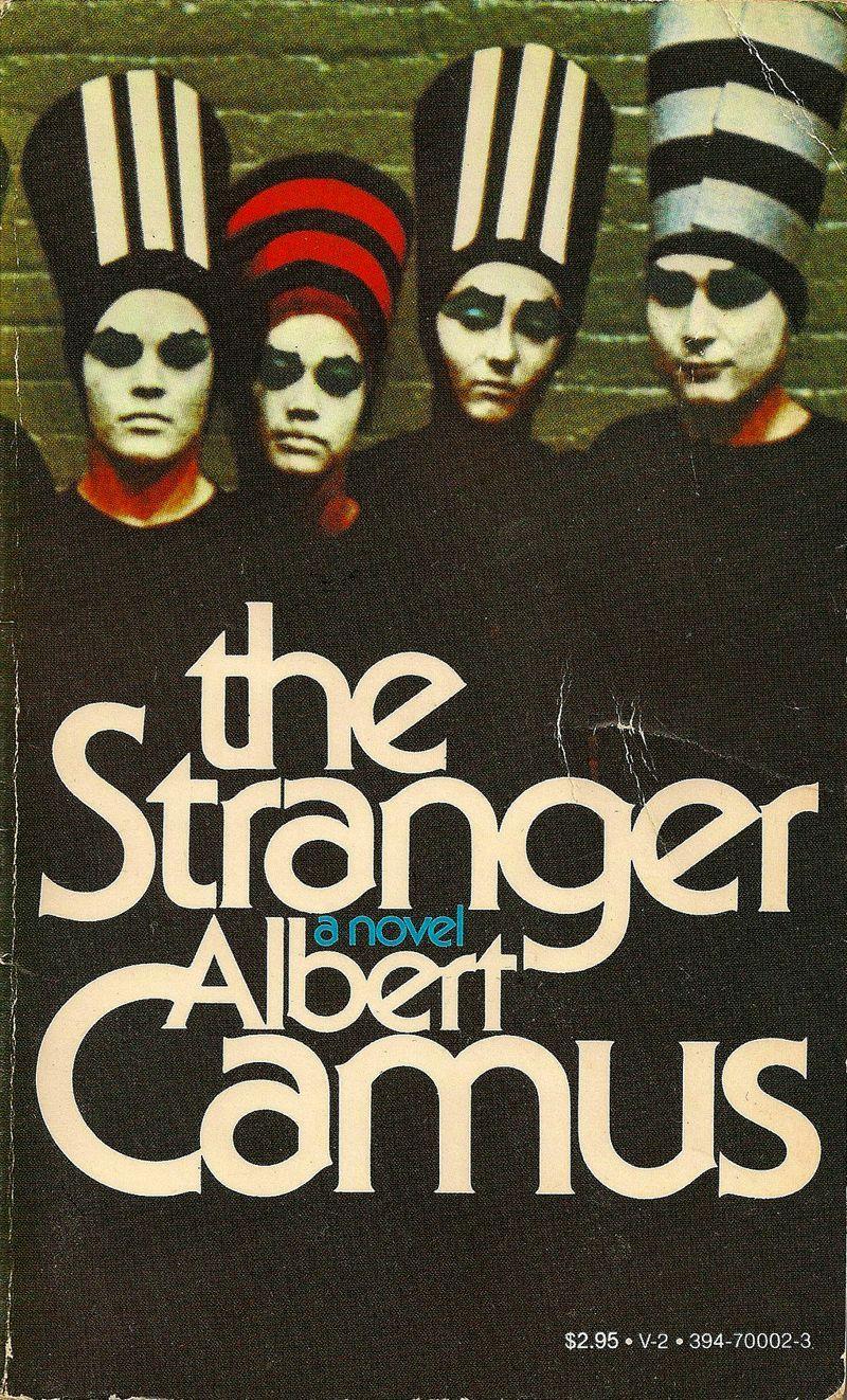 Couverture de l'Etranger d'Albert Camus