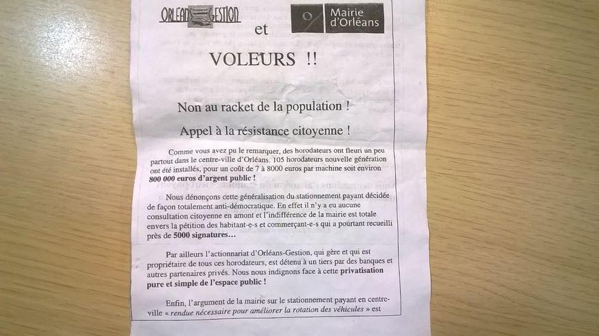 Le tract a été trouvé mardi soir, rue de Bourgogne à Orléans.