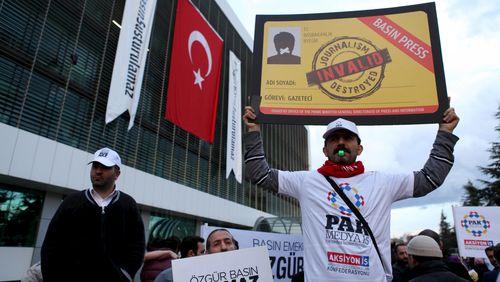 Les nouvelles dissidences (3/4) : Turquie, Egypte : le pari de la tension