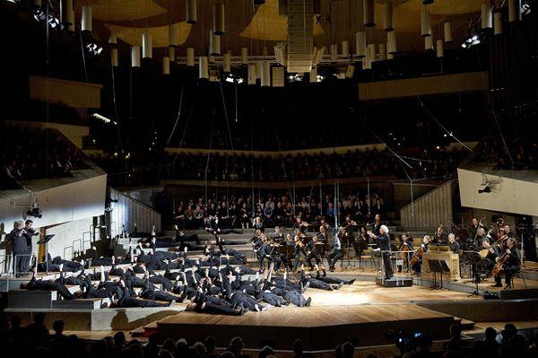 Philharmonie de Berlin, février-mars 2014 - Bach - Passion selon Saint-Jean - Mise en scène : Peter Sellars