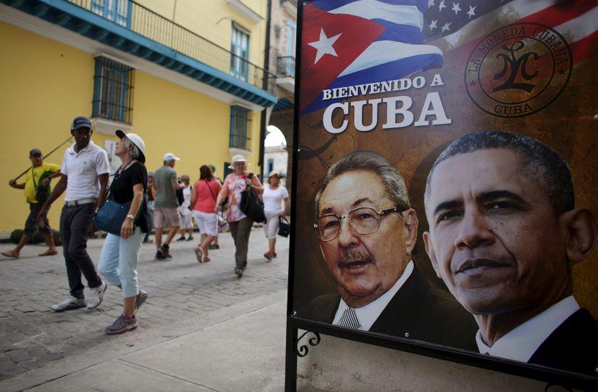 """Une affiche """"Bienvenue à Cuba"""", à La Havane, le 17 mars 2016"""