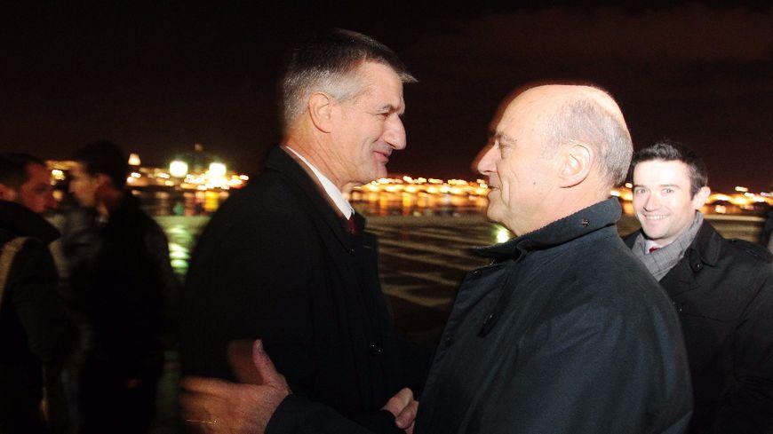 Quand Alain Juppé accueillait à Bordeaux Jean Lassalle lors de sa marche.