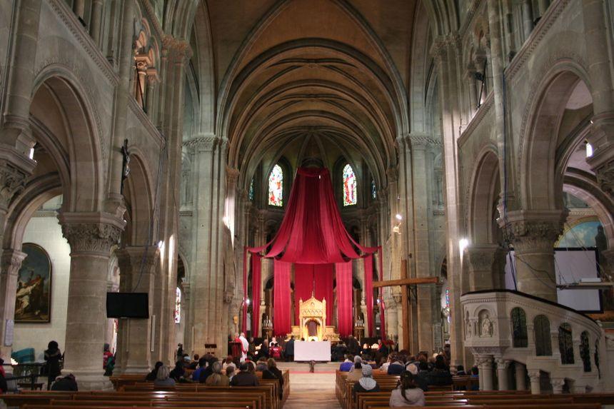 150.000 fidèles attendus pour voir la Sainte Tunique à Argenteuil