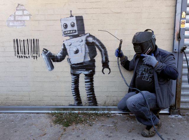 En 2013 lors d'une résidence à New-York, Banksy avait peint ce robot sur un mur de Coney Island