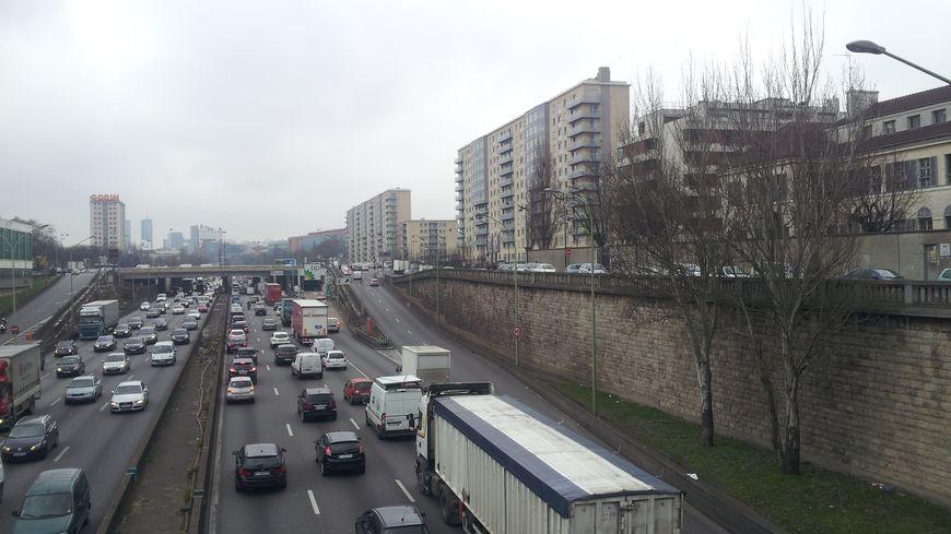 Le périphérique parisien, l'un des axes les plus embouteillés de France