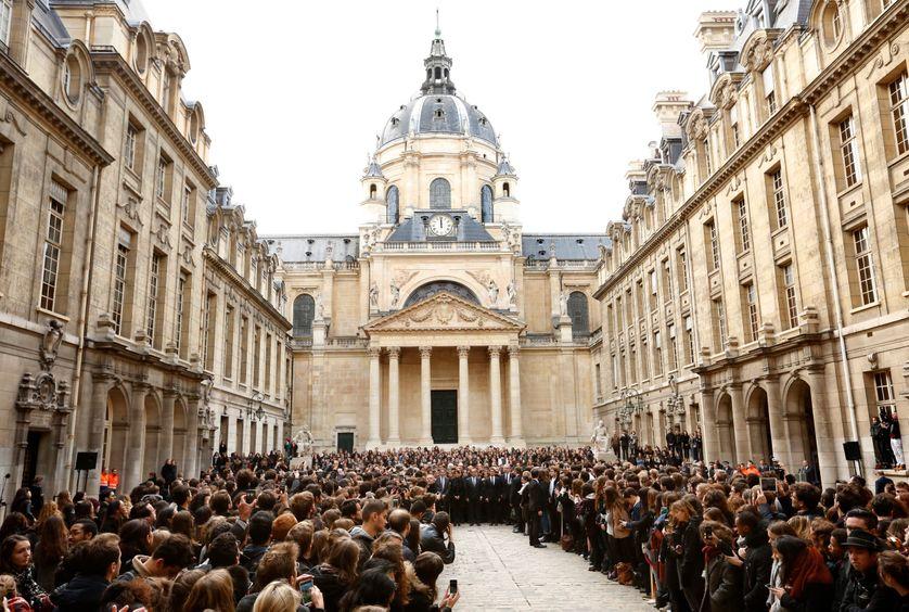 Minute de silence à la Sorbonne, 15 novembre 2015