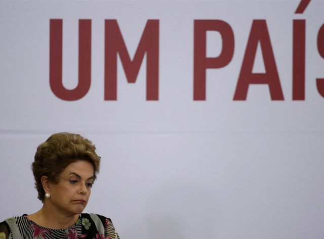 Pour Dilma Rousseff, c'est la semaine de tous les dangers.