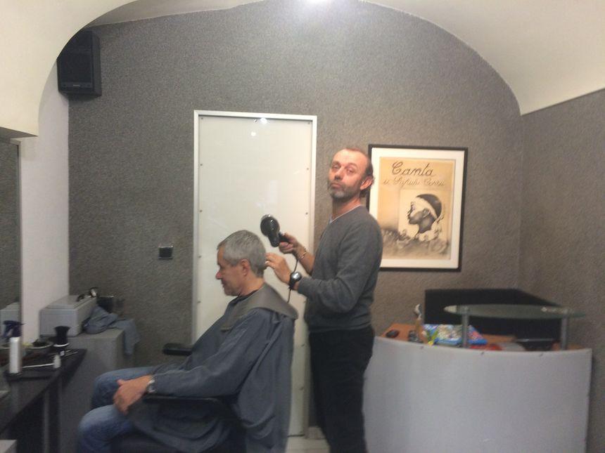 Jean Paul Costa est l'un des plus anciens coiffeurs ajacciens en activité