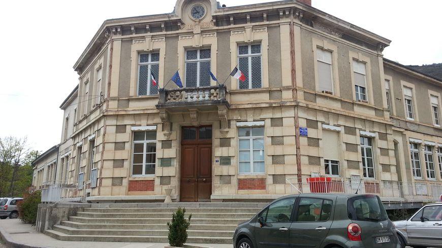 La mairie de Saillans dans la Drôme