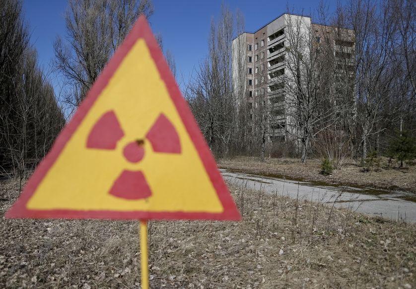 Symbole de danger nucléaire à proximité de la centrale de Tchernobyl