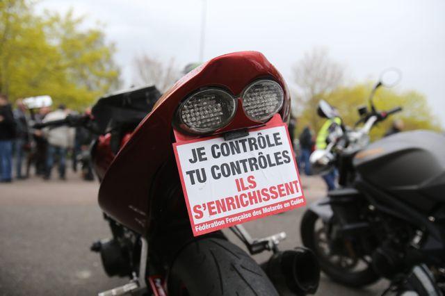Les motards mobilisés contre les contrôles techniques