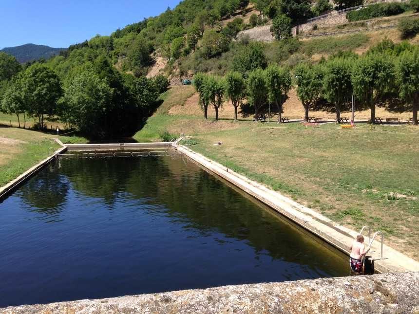 Le plan d'eau de Satillieu avant.