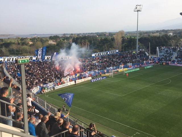 Le Stade Armand Cesari à Bastia après le deuxième but des Corses face à l'OM