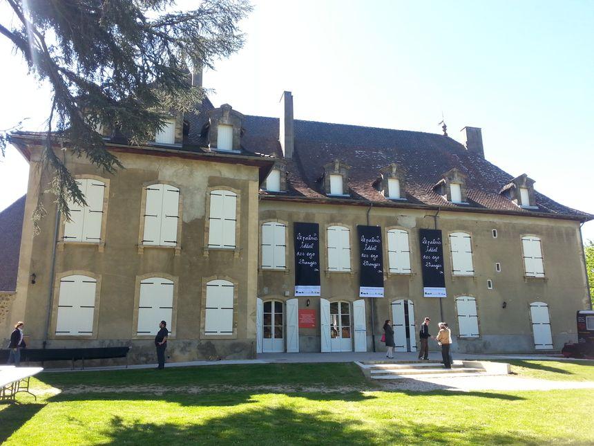 Le château d'Hauterives.