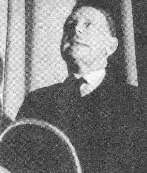 """Bernard Faÿ donnant une conférence sur le """"Rôle de la Franc-Maçonnerie dans la Révolution de 1789"""" le 11/01/1943"""