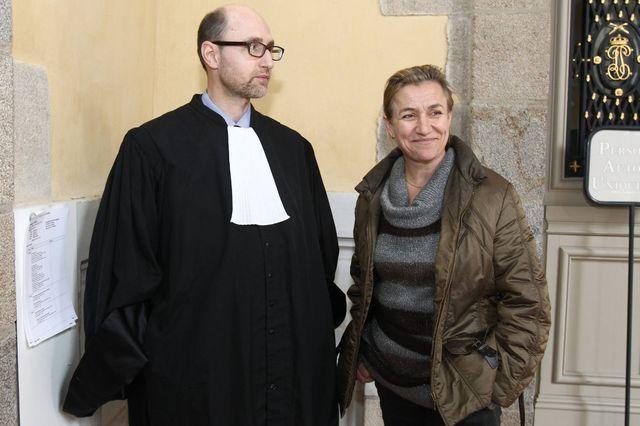 Irène Frachon, lanceuse d'alerte du scandale du Mediator, avec son avocat.