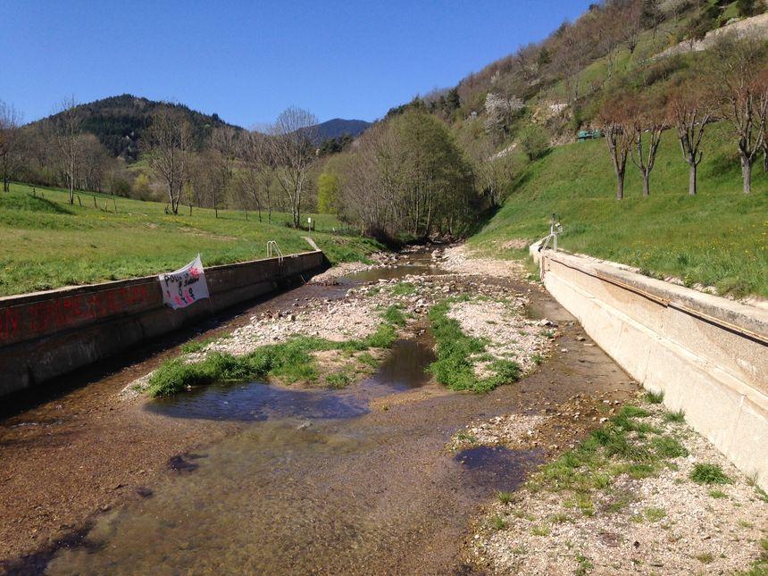 Le plan d'eau de Satillieu maintenant.