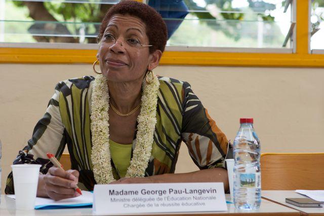 Georges Pau-langevin, lors de son déplacement à Mayotte en 2014