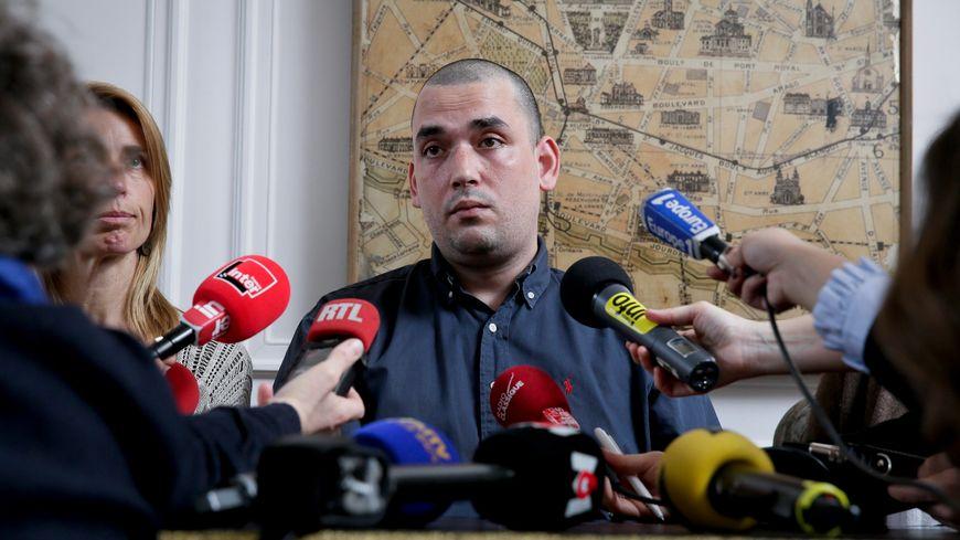 Sébastien Lopez, père d'une fillette victime à l'école de Villefontaine