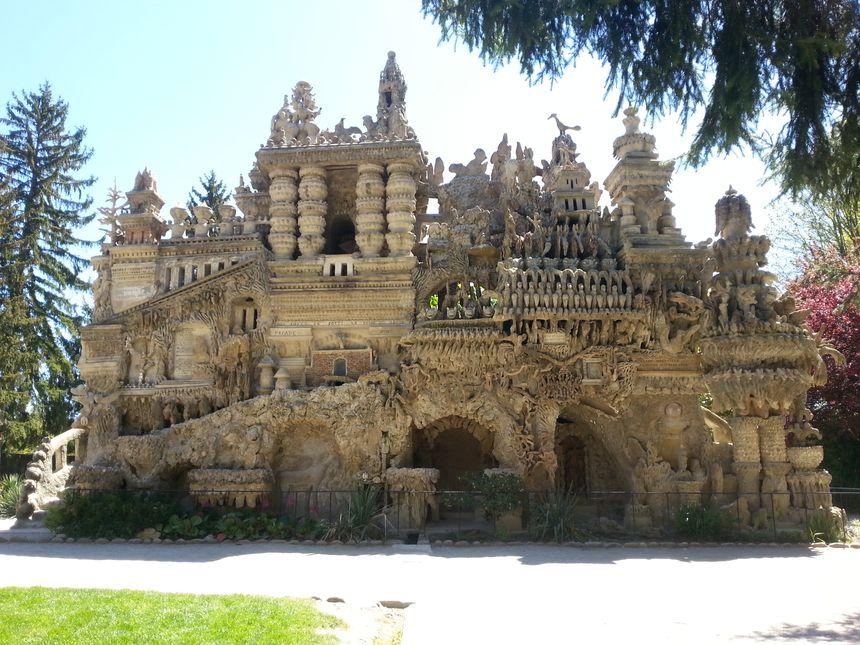 Le palais idéal du facteur Cheval à Hauterives.