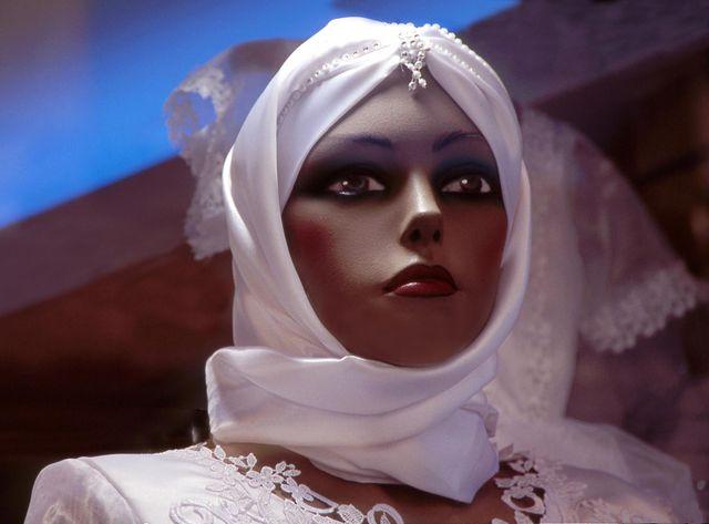La mode musulmane qui débarque dans les grandes enseignes fait débat