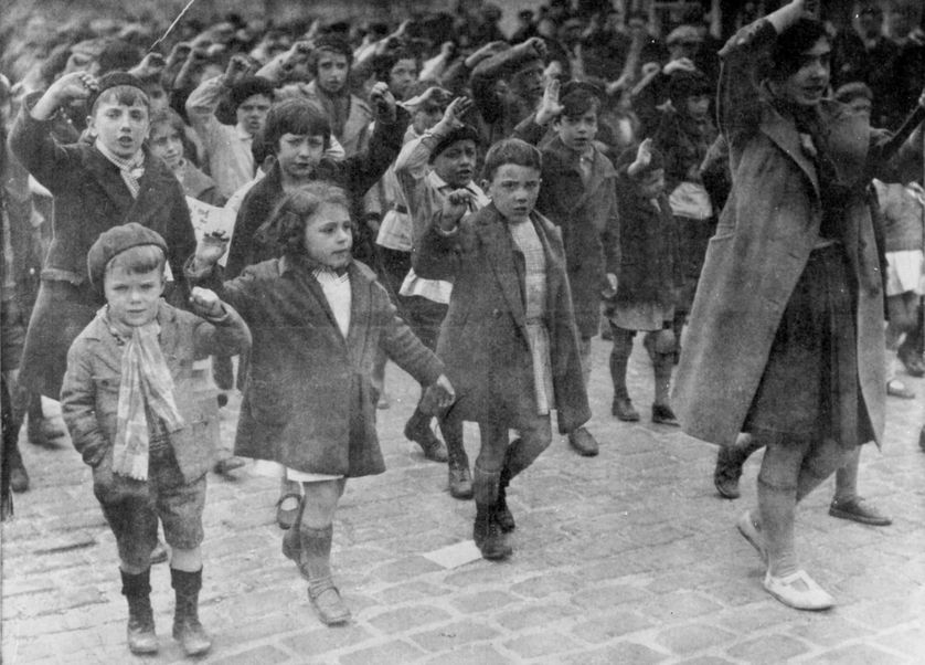 Paris, 1936