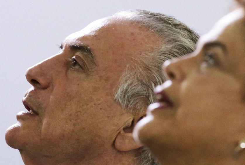 Le vice président Michel Telmer aux côtés de Dilma Rousseff à Brasilia fin 2015