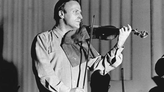 Yehudi Menuhin en cca 1950© CORBIS