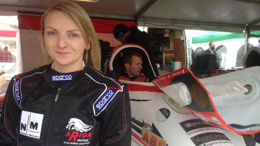 Margot Lemesle, seule femme pilote en 2016 aux 24h motonautiques de Rouen.