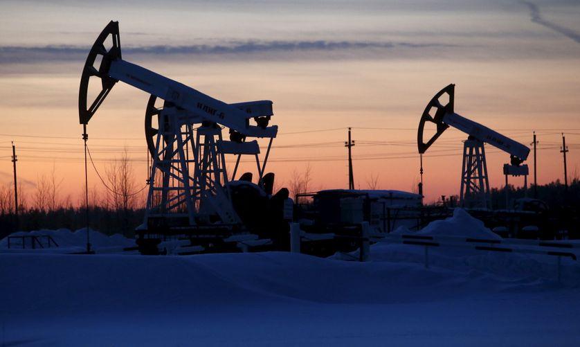 Puits en Sibérie. Le pétrole est la première source de revenu pour la Russie.