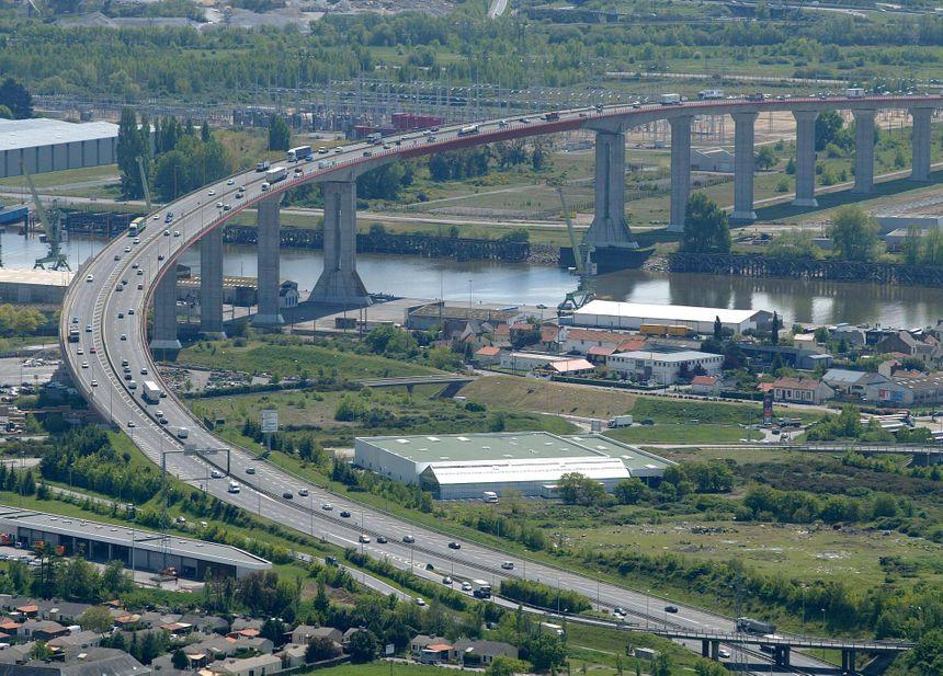 Le pont de Cheviré.