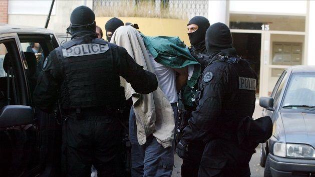 Arrestation dans les milieux djihadistes de Trappes en 2005.