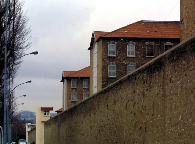Vue de la prison de Fresnes, où des puces de mobiles ont été retrouvées dans la cellule de Sid Ahmed Ghlam