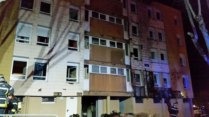 L'immeuble incendié se trouve rue Courteline, à Brive