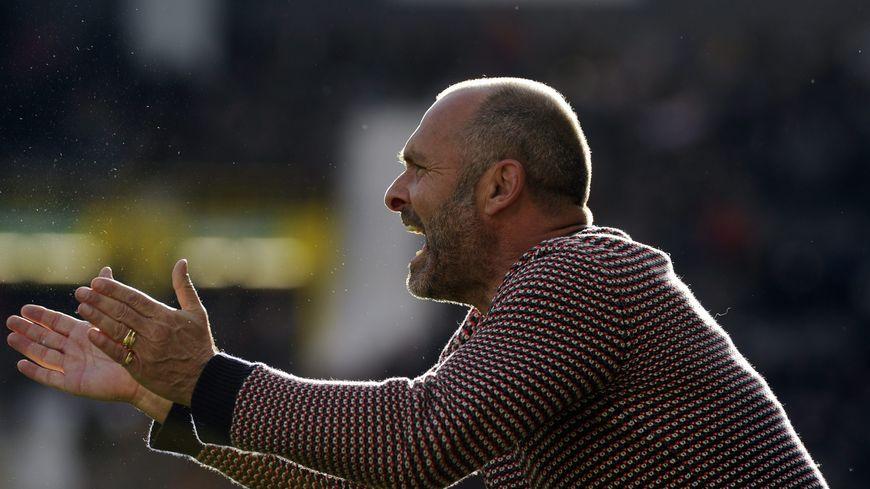 Le Haut-Savoyard, entraineur du TFC, Pascal Dupraz