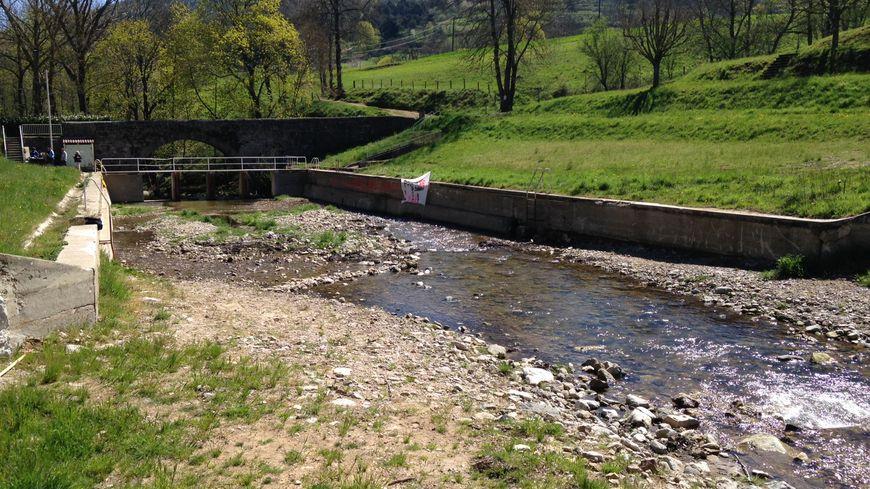 L'eau circule désormais normalement dans la rivière.
