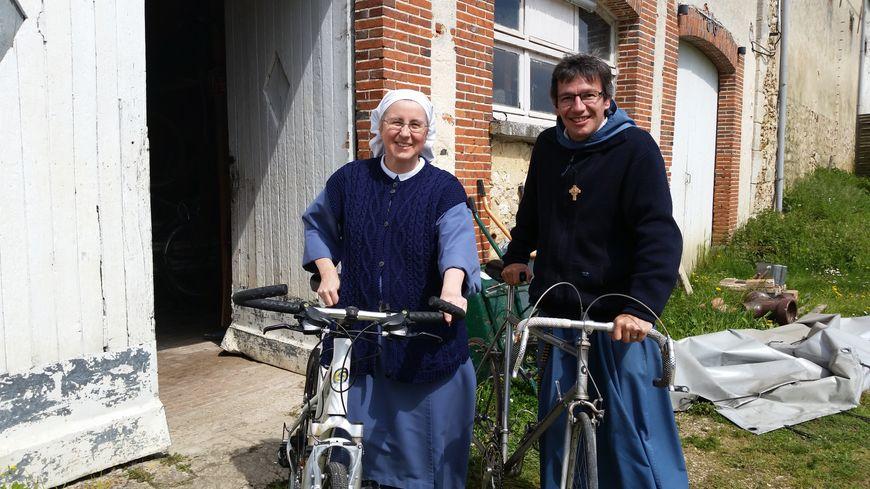 Soeur Myriam et Père Philippe-Jacques de la communauté du Verbe de Vie.