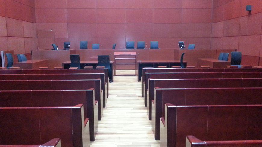 Nantes condamn pour braquage il s 39 vade du tribunal for France bleu orleans cuisine