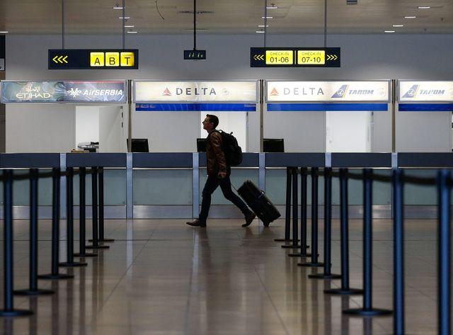 Les premiers passagers sont revenus dans le hall des départs de Zaventem
